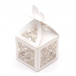 Кутия картонена сгъваема 110x55x55 мм пеперуди цвят бял перлен