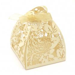 Кутия картонена сгъваема 80x63x63 мм цветя цвят екрю перлен