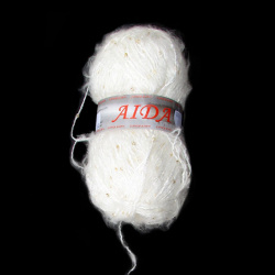 Прежда Аида бяла с пайета 50 процента вълна 100 грама -250 метра