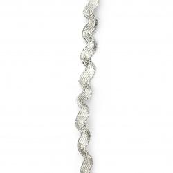 Ширит ламе 5 мм зиг заг цвят сребро ~22 метра