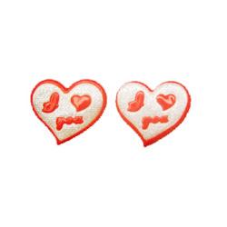 Inimă roșie 30x35 mm cu cauciuc brocart argintiu -10 bucăți