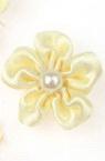 Λουλούδι σατέν 23 mm κρεμ με πέρλα -10 τεμάχια