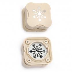 Перфоратор /пънч/ магнитен 38 мм за картон до 160 гр/м2 снежинка