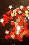 Акрилен камък за лепене цвете 3 мм червено -200 броя