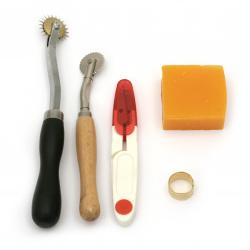 Комплект професионални занаятчийски инструменти за обработване на кожа 19 броя