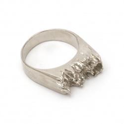 Метална основа за пръстен 17 мм за вграждане в епоксидна смола цвят сребро