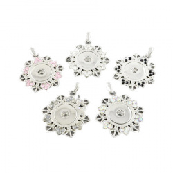 Metal pendant flower shape with crystals for button tic-tac 45x43x5 mm hole 7x4 mm