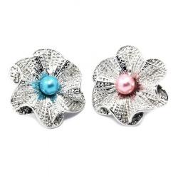 NastureTic-tac 25x23x12 mm floare metalică cu perlă ASSORTE