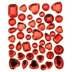 Pietre acrilice autoadezive diferite forme de culoare roșu