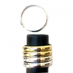 Гривна пластмаса 12 мм диам62 мм Цвят сребро и злато