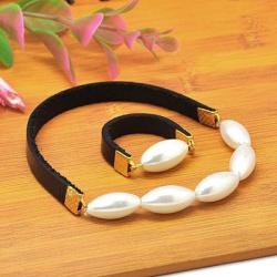 Комплект гривна пръстен 17 мм естествена кожа метал цвят злато перла стъклена 16 мм 55 мм