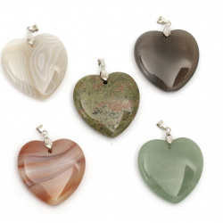 Pendant natural stone, various hearts 40x40 mm