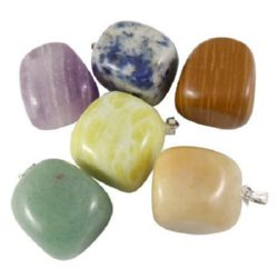 Pendant natural stone ASSORTED colors 20x19x16 mm
