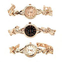 Часовник метал цвят злато кристали 18 см playboy АСОРТЕ