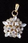 Висулка метал цвете 4 с камъни 20x6 мм дебелина злато