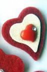 Сърце меко 3в1 с лепка 34x30 мм -10 броя