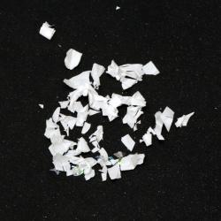 Изкуствен сняг бял дъга едър ~100 грама