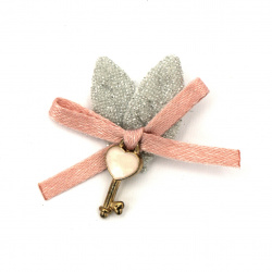 Element textil pentru panglică decorativă cu cheie metalică 35x50 mm roz, argintiu -2 bucăți