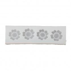 Силиконов молд /форма/ 110x33x8 мм 4 цветя