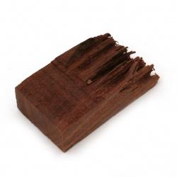 Къс от масивно червено сандалово дърво за вграждане в епоксидна смола 30x15x45~60 мм