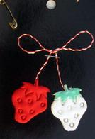 Мартеници ягода плат 10 броя