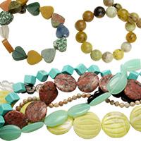 Асорте смесени естествени и полускъпоценни камъни
